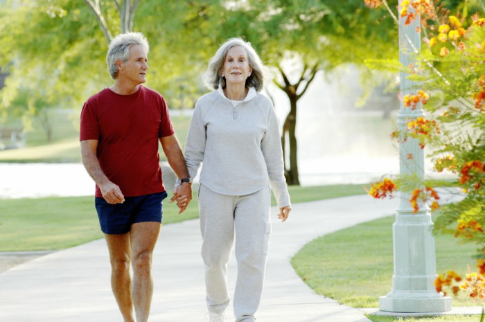 How to Ease Arthritis Knee Pain by Walking